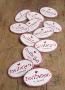 Bilde av Papirdesign - Chipboards - 626 - Invitasjon rosa
